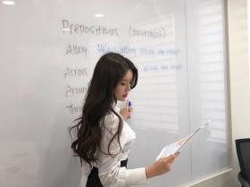 【GG扑克】韩国最美英语老师金莎拉(Sarah Kim) 超正女老师前凸后翘迷倒家长