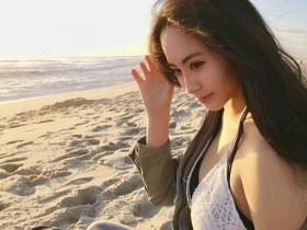 【GG扑克】性感火辣正妹evonnegvl 比基尼美照成沙滩最美风景