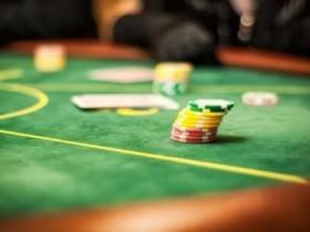 【GG扑克】跟注还是弃牌?谈阻断牌与抓诈牌之间的联系