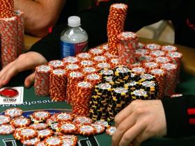 "【GG扑克】扑克玩家Justin Lapka被指责在WSOPC赛事中""多领了筹码"""