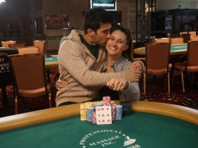 【GG扑克】扑克情侣Ashley Sleeth & Jesse Sylvia在拉斯维加斯双双斩获冠军!
