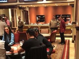 【GG扑克】百乐宫扑克室再次被抢,一名警官受伤,罪犯抢救无效死亡!