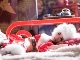 【GG扑克】小妖精跪趴灌满书包网 动漫女主被揉胸被吃奶_追妻成瘾