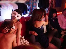 【GG扑克】JUY-846 :有坂深雪瞒着丈夫参加淫乱聚会,体验刺激和高潮。