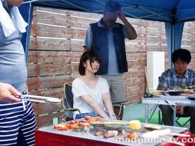【GG扑克】JUL-319 :巨乳嫩妻石原希望对邻居们变态的举动….似乎很享受!