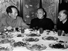 "【GG扑克】""国民党头等战犯""卫立煌为何在1955年突然回大陆?"