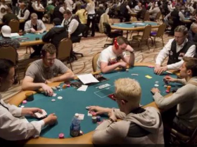 【GG扑克】随处可见的可重报名比赛值不值得参加?