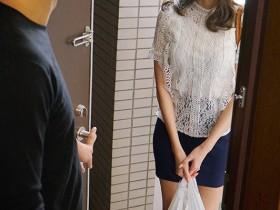 【GG扑克】PRED-247:巨乳姐姐Julia飢渴的情慾瞬间爆发扑向妹夫!