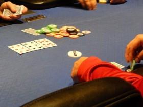 【GG扑克】充分利用反向潜在底池赔率