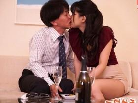 【GG扑克】DVAJ-391 :妖艳痴女深田咏美边打电话边呻吟着运动。