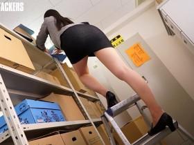 【GG扑克】ATID-306:社长秘书赤城碧被主任堵在了档案室强迫性交。