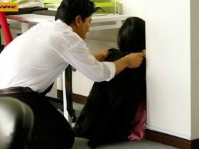 【GG扑克】WANZ-891:萝莉教主蕾「つぼみ」在办公室被狠狠的搞到痉挛抽蓄!