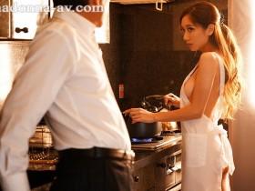 【GG扑克】JUL-107 :为生活出卖肉体!人妻【东凛】坚挺的双峰美尻是那么诱人。