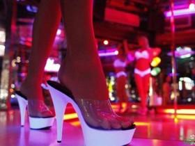 【GG扑克】脱衣舞俱乐部不能说的行业秘密揭秘