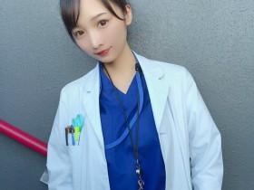 【GG扑克】日本性感药剂师Ana 清纯正妹换上比基尼秒变辣妹