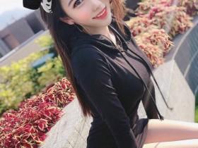 【GG扑克】胸器妹Jo安娜 外拍逆天大长腿性感诱人
