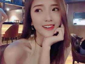 【GG扑克】小清新美女Jessica Heng 正妹性感美腿撩人