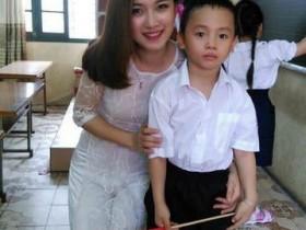 【GG扑克】越南正妹老师甜美可爱 性感泳装迷倒学生爸爸
