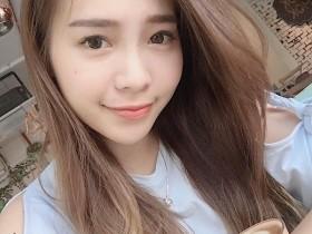 【GG扑克】甜美气质正妹komiyee 迷人微笑治愈人心