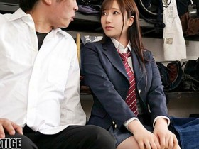 【GG扑克】ABP-986:巨乳经理斎藤あみり奉献自己的肉体帮助队员解压…