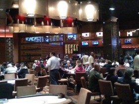 【GG扑克】在扑克室等待座位时你可以做的21件事