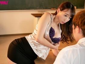 【GG扑克】PPPD-865:和巨乳班主任莲实克蕾儿在学校的性福生活!