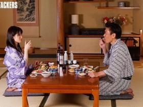 【GG扑克】ADN-261:与人妻部下琴井汐里同住一个房间…像溺水一样做爱!