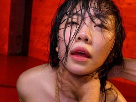 【GG扑克】JBD-259:持田栞里惨遭五花大绑全身上夹子再用蜡油滴舌头⋯