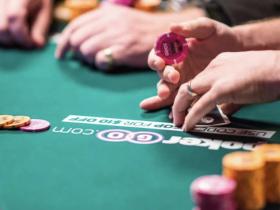 【GG扑克】我打了一场全程不看手牌的德州游戏比赛