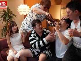 【GG扑克】SSNI-441 :白皙苗条的天使萌被男友三兄弟中出凌辱!
