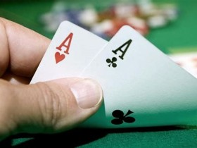 【GG扑克】Jonathan Little谈扑克:在小筹码状况下慢玩AA