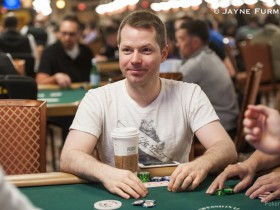 【GG扑克】Jonathan Little谈扑克:河牌圈的超额下注诈唬