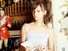 【GG扑克】媚者无疆最污的一段 穿花碎裙在客厅睡觉