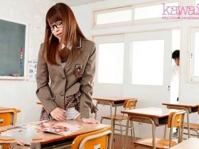 【GG扑克】KAWD-991:美女班长樱萌子淫语挑衅,总是放学后凌驾玩弄我!
