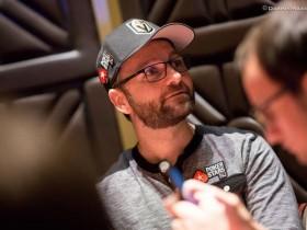 【GG扑克】Daniel Negreanu的紫晶夹克赌约应该是要输了!