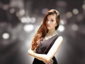 【GG扑克】女朋友是瑜伽老师是什么感觉 指腹摩挲敏感的花核