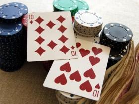 【GG扑克】如何游戏中等口袋对子-上:翻前