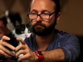 【GG扑克】当牌手与猫咪同框