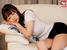 【GG扑克】老板不在家、那三天我玩弄他的J罩杯太太安斋らら!
