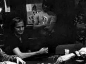 【GG扑克】Stefanie Ungar讲述了她父亲Stu去世的那一天