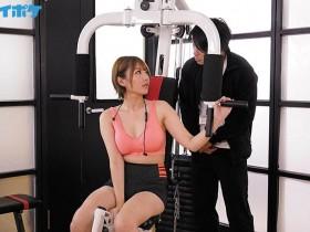 "【GG扑克】完全堕落!欲求不满人妻""天海つばさ""搞上健身教练,强壮身体玩到她发狂!"