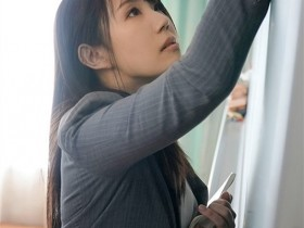 "【GG扑克】DVDMS-668 :高中美女教师""安奈真理恵""有三个乳头,一捏就酥麻!"