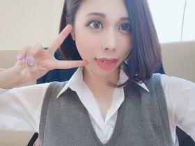"""【GG扑克】EBOD-809 :大眼痴女美体师""""藤咲玲央奈""""免费附送全套服务。"""