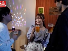 """【GG扑克】""""miru""""作品SSIS-133:可爱女同事酒后乱性发情喝酒就想亲人!"""