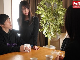 【GG扑克】梦乃あいか(梦乃爱华) 作品SSIS-118 :趁女友不在与她的大奶闺蜜欲望爆发从早啪到晚!
