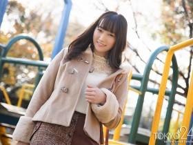 【GG扑克】出道作上市的第2天、若宫穂乃就被抓到拍片了!