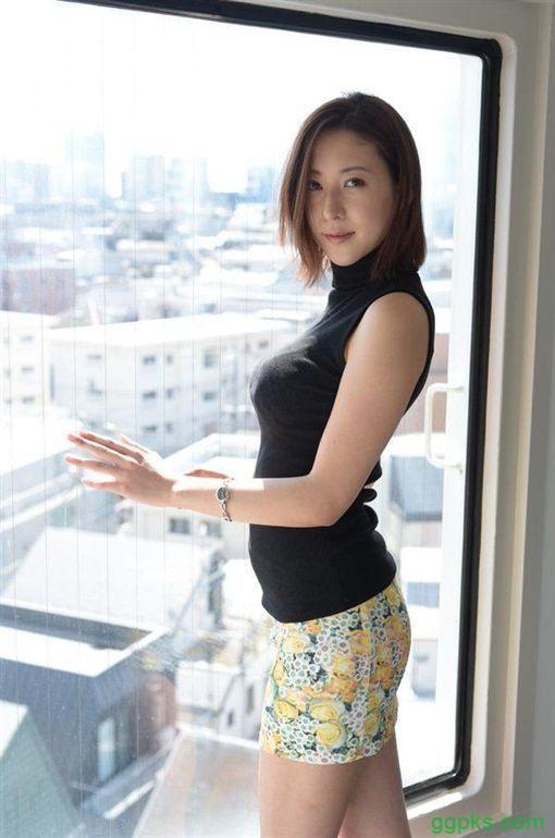 【GG扑克】IPX-493松下纱荣子升职做上司以后欺负男同事