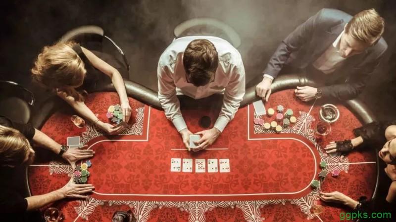 【GG扑克】德州扑克四大迷人之处:组合无限可能 耐性成为关键