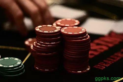 【GG扑克】帮你赢得更多筹码的五个小技巧