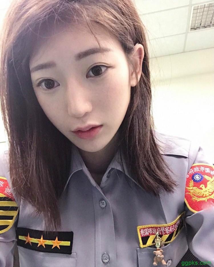 【GG扑克】美女警花林筱绮 气质脱俗卸下警服性感迷人